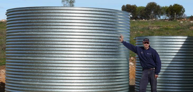 2 Galvansied Water Tanks